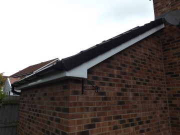 edge of guttering on house