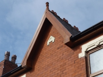 unusual shaped fascia and soffit