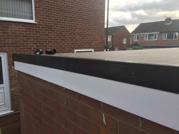 edge of flat roof