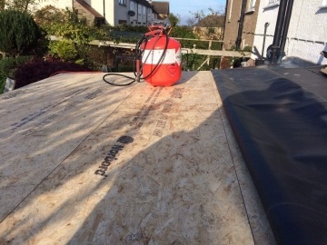 installing a flat roof